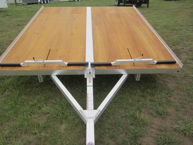 2016 Sno Pro Xtreme 10 Tilting 2 Place Sled Trailer